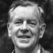 """""""Dobbiamo essere pronti a liberarci della vita che abbiamo programmato per poter avere la vita che ci aspetta."""" (Joseph Campbell)"""