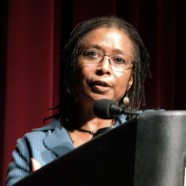 """""""Il modo più comune in cui le persone rinunciano al loro potere è pensare che non ne abbiano."""" (Alice Walker)"""