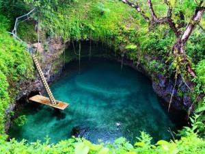 To Sua, Il Grande Buco Blu di Samoa - (Upolu Island, Samoa)