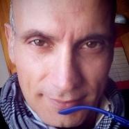 """""""Il coraggio più grande risiede nell'essere se stessi. Imperfetti, originali, unici."""" (Angelo De Pascalis)"""